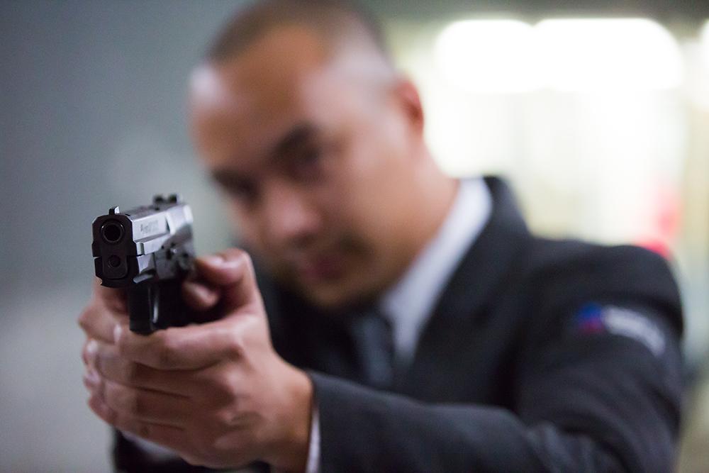 Débat: a-t-on raison d'armer les agents de sécurité privée?